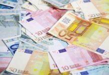 dólares en euros