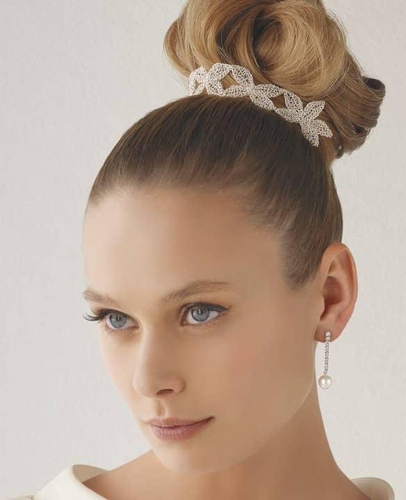 peinados con detalles plata