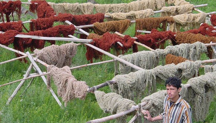 Lavado del hilo en la elaboración de alfombras