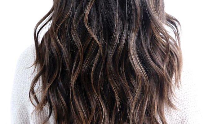 cortes de pelo largo con capas sutiles