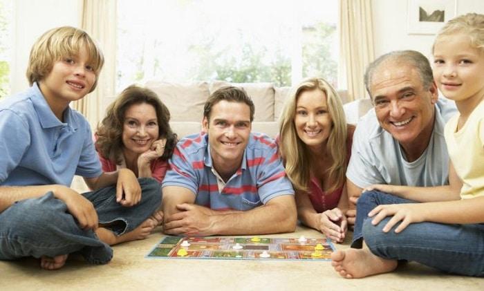 5 Juegos Muy Divertidos Para Compartir En Familia Atrevete A Disfrutar