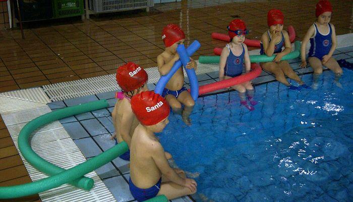 juegos de piscina en grupo