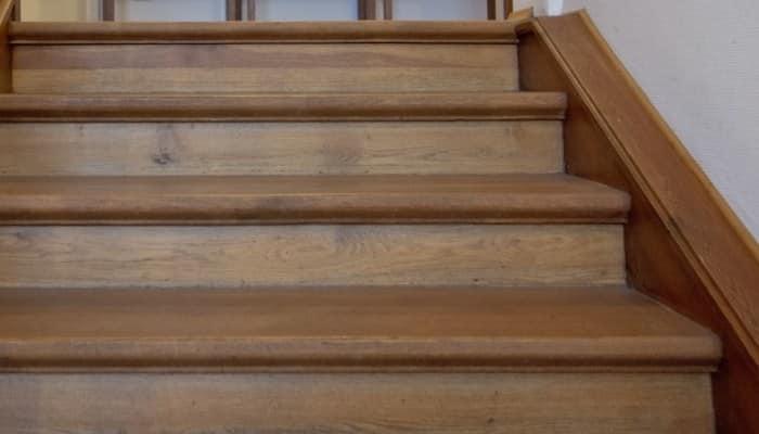 Como hacer una escalera de madera en solo 3 pasos for Como hacer una escalera de madera